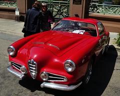 auto show(0.0), alfa romeo giulietta(0.0), convertible(0.0), automobile(1.0), automotive exterior(1.0), alfa romeo(1.0), vehicle(1.0), automotive design(1.0), antique car(1.0), classic car(1.0), vintage car(1.0), land vehicle(1.0), sports car(1.0),