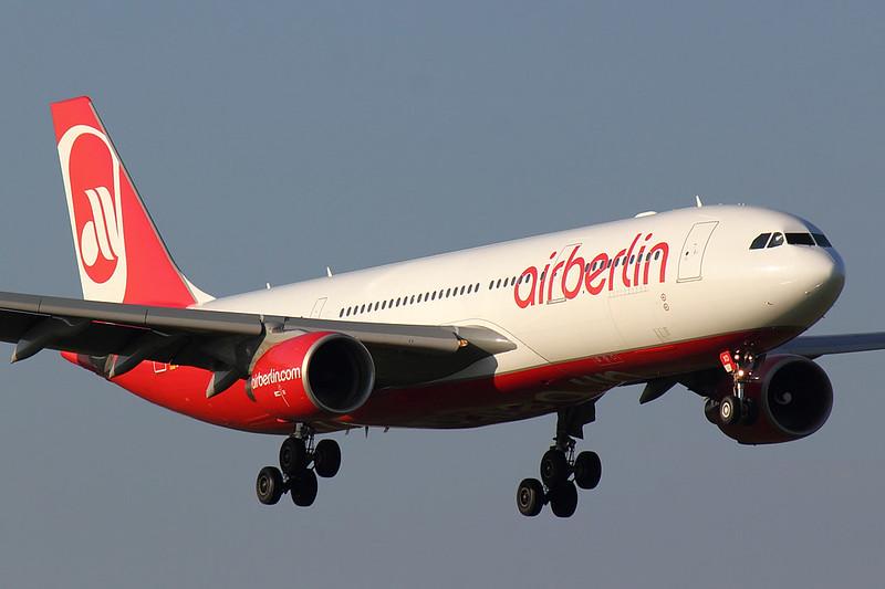 Air Berlin - A332 - D-ABXD (2)