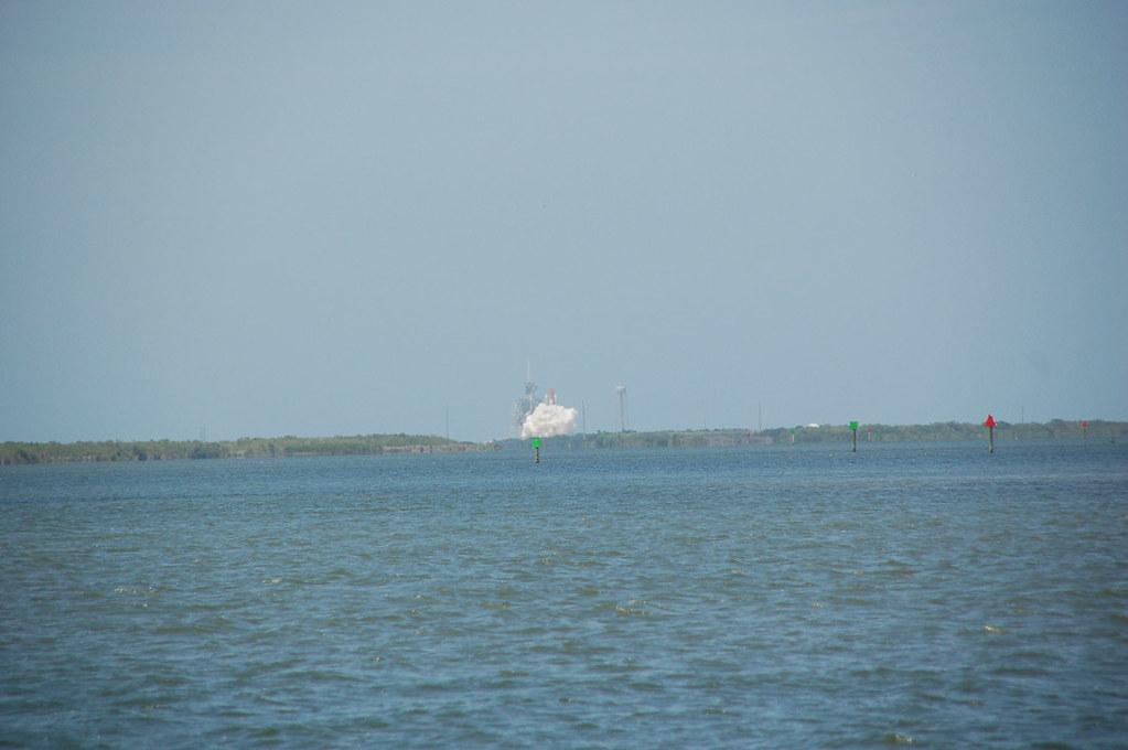 Shuttle beginning to launch