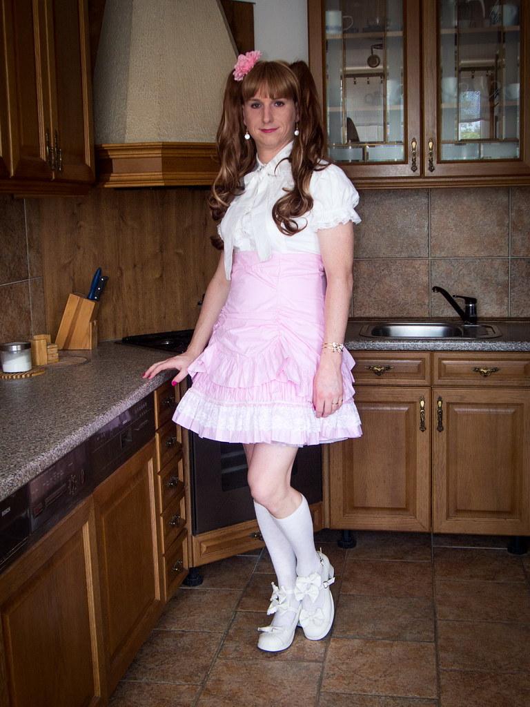 Black Trannies Fucking White Women In Kitchen
