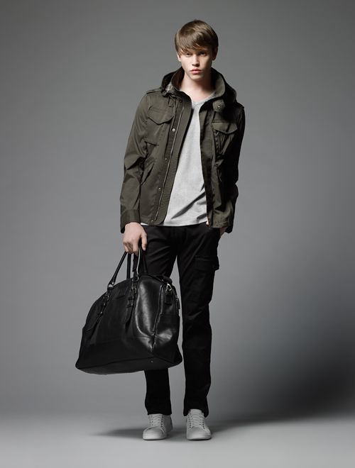 Jake Cooper0102_Burberry Black Label SS12(Official)