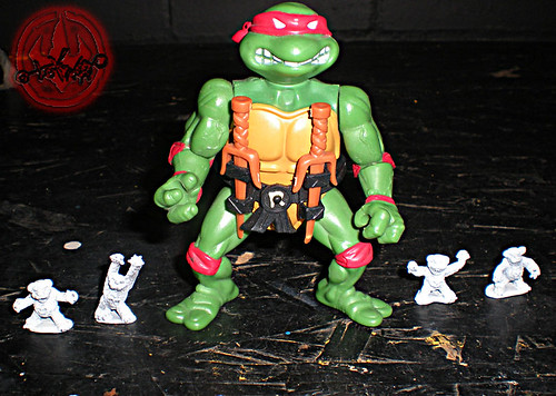 "Dark Horse Miniatures :: TEENAGE MUTANT NINJA TURTLES - ""The Terror Bears"" { 15 mm } v / ..with '88 Raphael  (( 1986 ))"