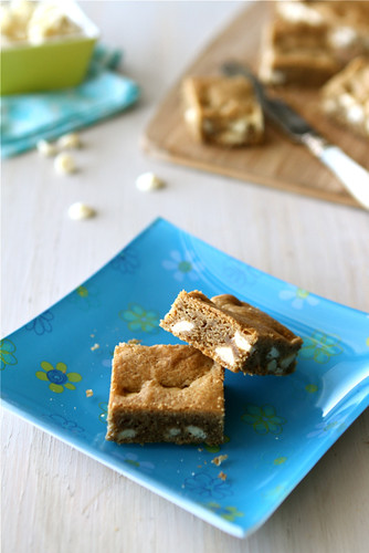 ... Canuck - White Chocolate Chip Bar Recipe with Brown Butter & Espresso