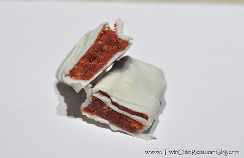 Strawberry & Cream Cakedy Candy Bar ~ Minneapolis, MN