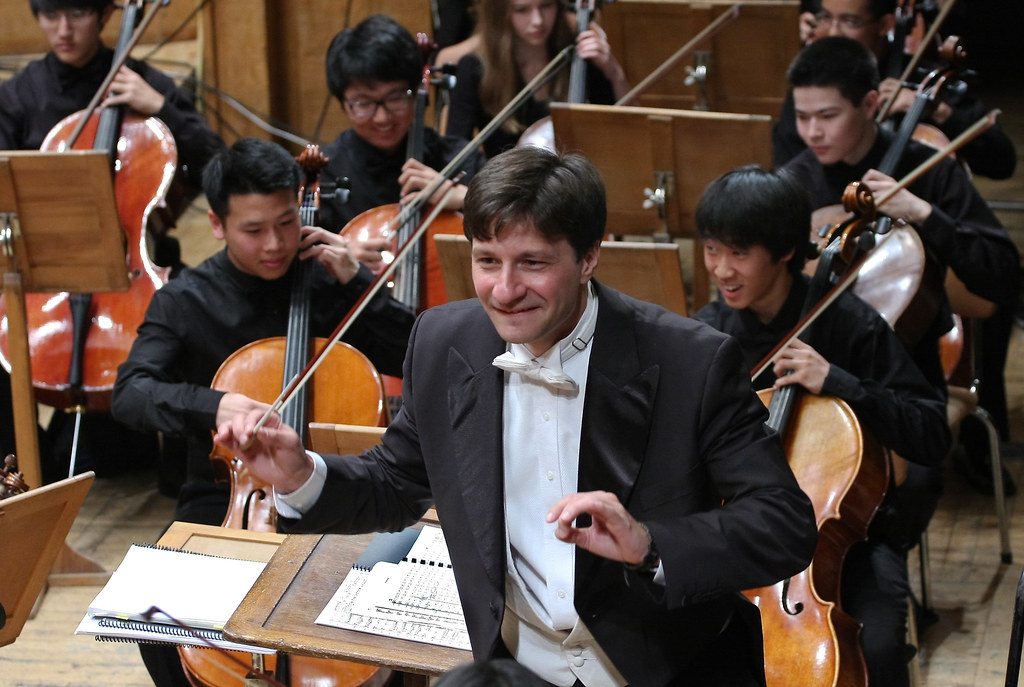 Director Maxim Eshkenazy and Pacific Symphony Youth Orchestra members perform in Bulgaria Hall, Sofia