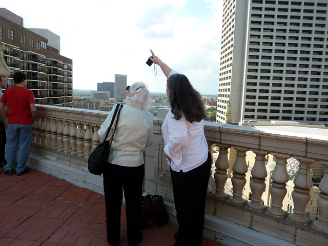 P1050803-2012-03-17-Ponce-de-Leon-Apartments-roof-Circa-Phoenix-Flies-Atlanta-Preservation-Center-Mother-Daughter