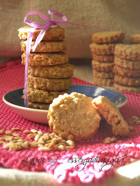 Biscotti ai fiocchi d'avena e al riso soffiato, caramellati