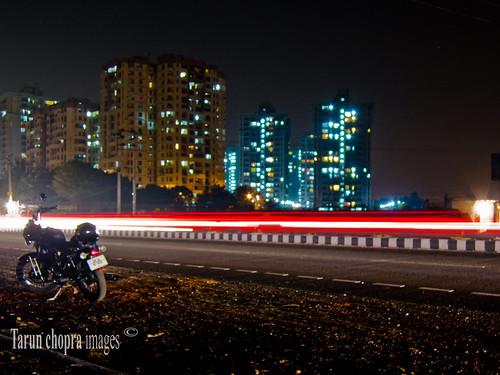 travel india night canon photography long expose bullet gurgaon motorcyle s100 canons100 canonpowershots100 indiatravelphotography gurugram