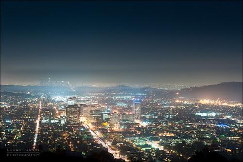 california city longexposure blue light sky usa color building night losangeles nikon glendale outdoor lumière ciel f90 nikkor nuit couleur ville lightroom iso320 56mm longueexposition lightroom3 nikond700 lucasjanin afsnikkor2470mmf28ged 250sec