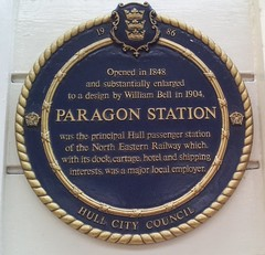 Photo of William Bell and Hull Paragon railway station blue plaque