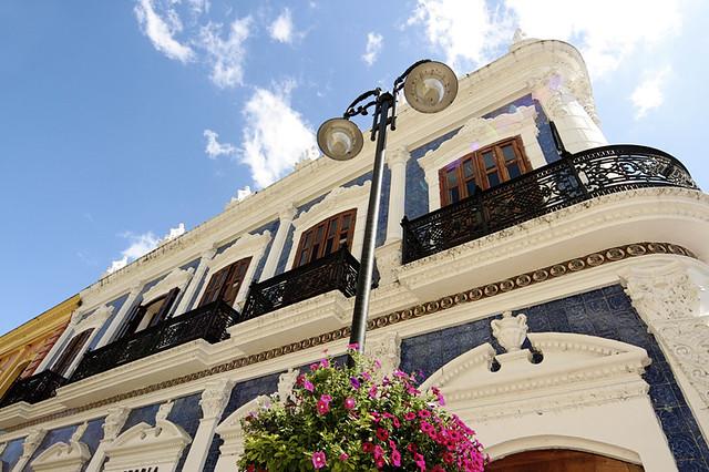 Casa de los azulejos villahermosa m xico flickr for Casa azulejos mexico