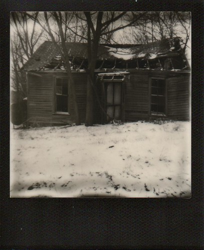 Decaying House in Snow-1