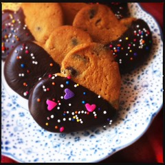 easy chocolate chip valentines cookies