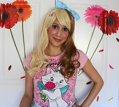 Wig by Purple Plum Inc.; Barrettes, ring, and necklace by Tasty Peach Studios, and Headbow by Pink Macaroon