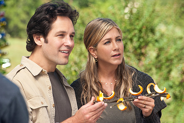 Paul Rudd and Jennifer Aniston make the most out of an ailing economy -- and orange peel glued to a stick -- in WANDERLUST.