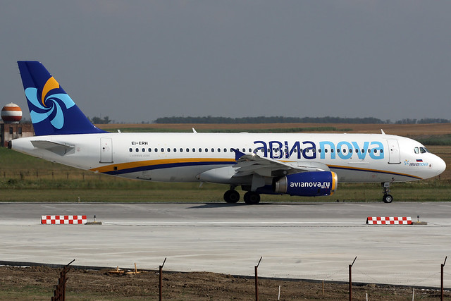 Avianiva Airbus A320 EI-ERH