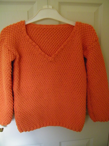 Hand Knitted Ladies Jumper - Handgestrickter Damen Pullover by abracacamera