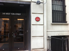 Photo of John Dewey red plaque