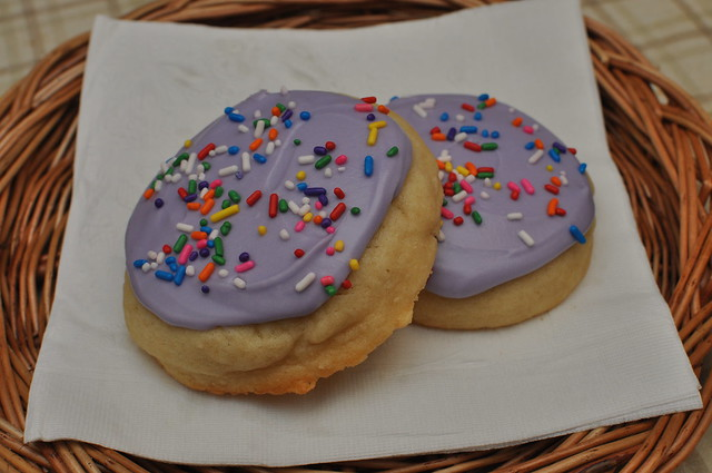 soft frosted sugar cookies 03