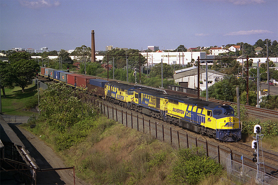 Cs5-45s1-442s5 Marrickville April 2004 by mugzshotz