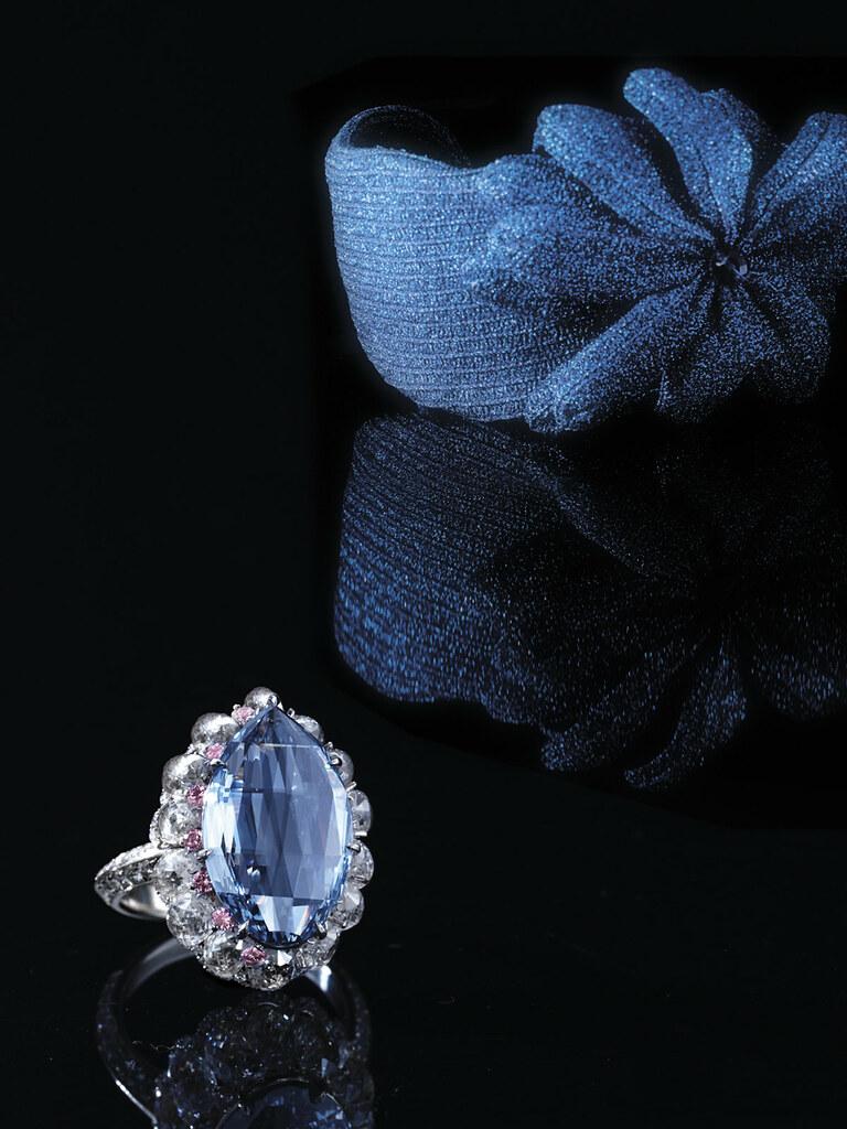 5.00-carat Rose-cut Fancy Vivid Blue Diamond 1.jpg
