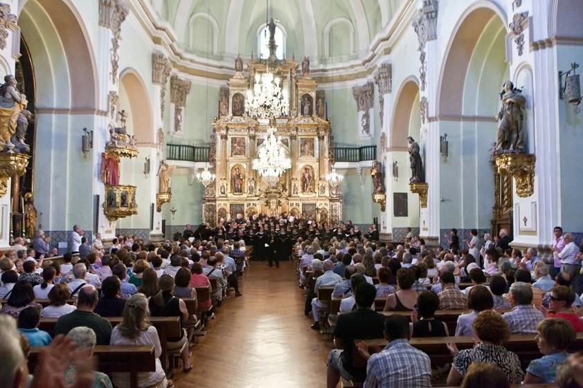 Santa Barabar Choral Society performs in the Iglesia San Gil Abad in Zaragoaza, Spain