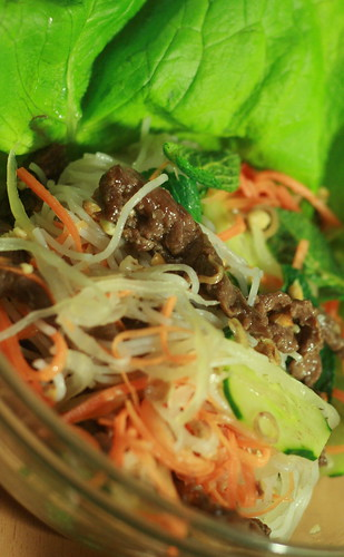 Nam Bộ – Vietnamese vermicelli with grilled beef (Southern style ...