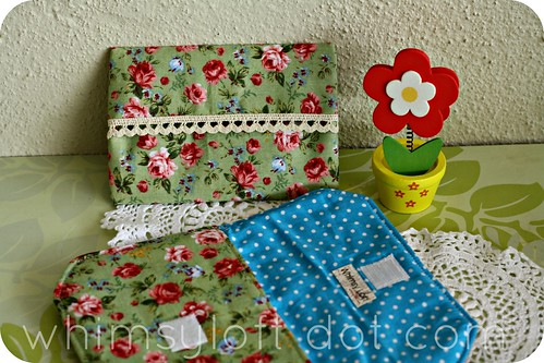 floral pouches GREEN