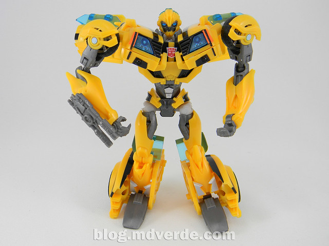 Transformers Bumblebee Deluxe - Prime First Edition - modo robot