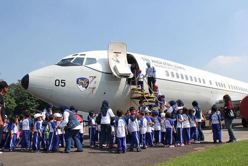 Ratusan anak TK datangi Skadron Udara17 dan Museum Halim