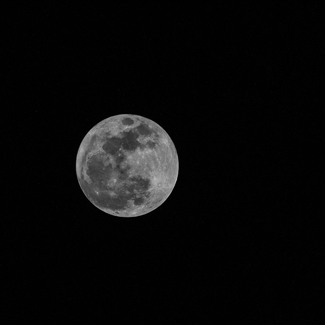 Super Moon 5 May 2012 - OM Lens