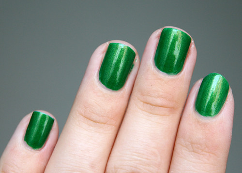 green perfume drops1