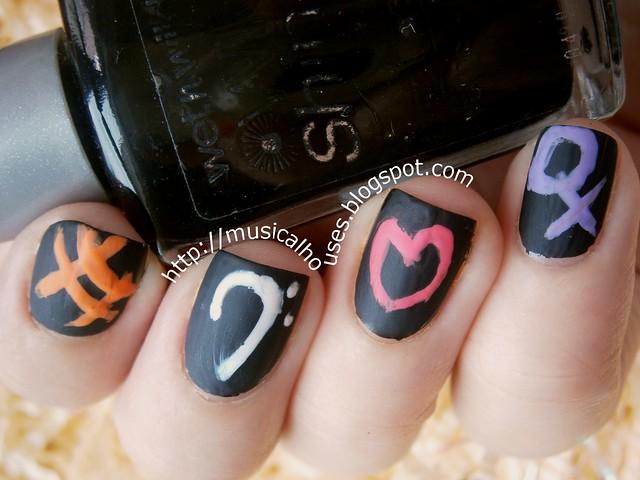 chalkboard manicure 2