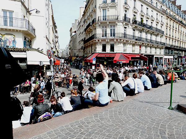 début d ela rue Montorgueil.jpg