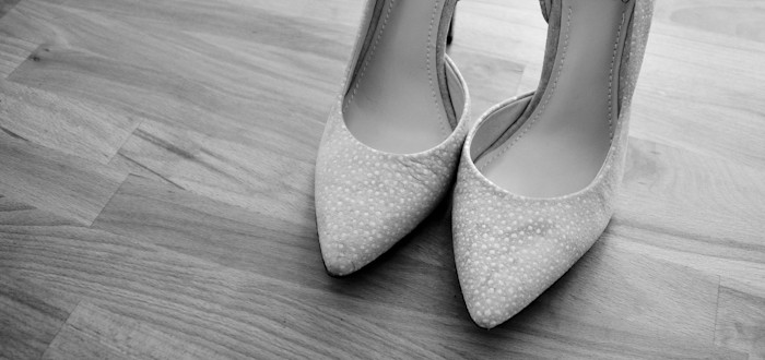 wedding shoesies, vince camuto, suede wedding pumps, pointy toe wedding shoes