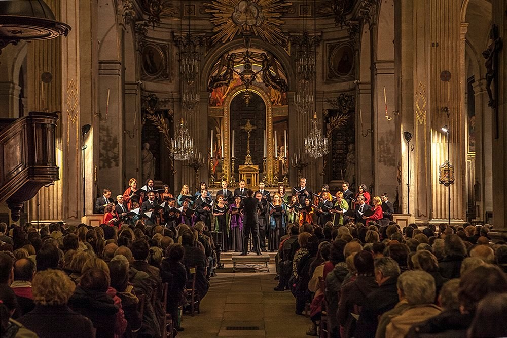 Conspirare performs in Saint-Louis-en-l'Ile in Paris