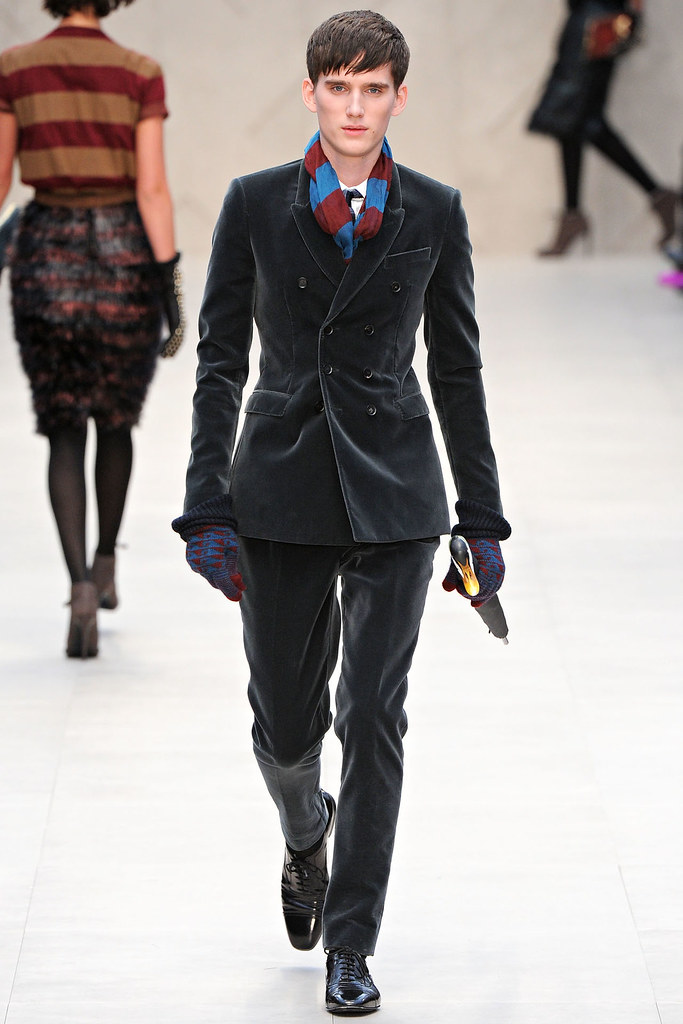 FW12 London Burberry Prorsum008_Sebastian Brice(VOGUE)