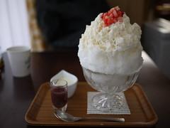 Japanese Shaved Ice Dessert - Sweet White Sake