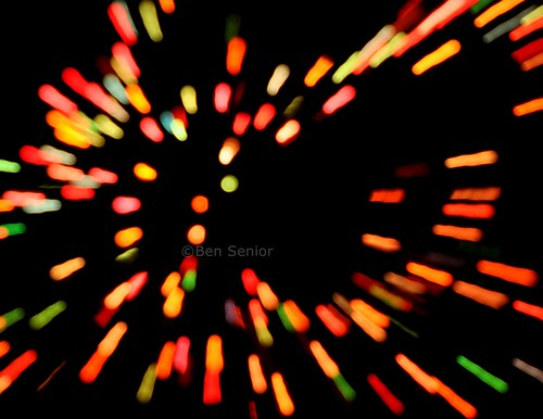 longexposure blue red orange usa black color green yellow lights us vermont unitedstates bokeh newengland christmaslights stowe northeast multicolour bensenior