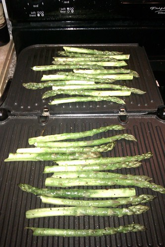 Grilling asparagus by christopher575