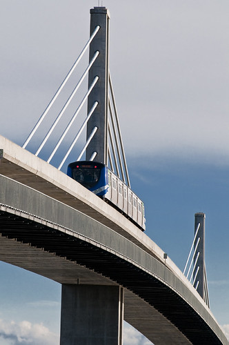 Skytrain Bridge  by petetaylor