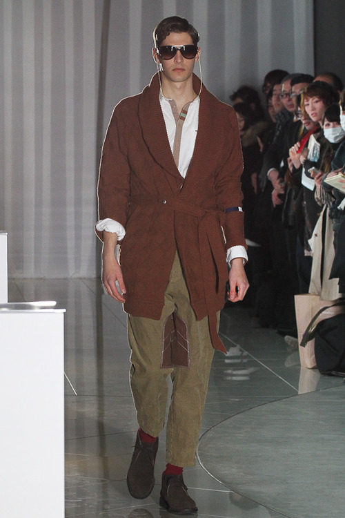 FW12 Tokyo The Dress & Co. HIDEAKI SAKAGUCHI005_Maxime Bergougnoux(Fashionsnap)