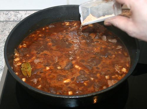 28 - Mit Gewürzen abschmecken / Taste