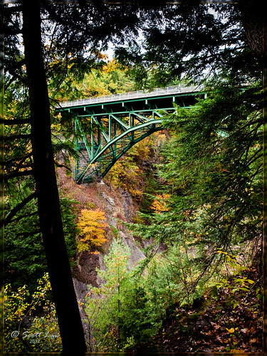 bridge autumn usa fall vermont newengland gorge hartford quechee