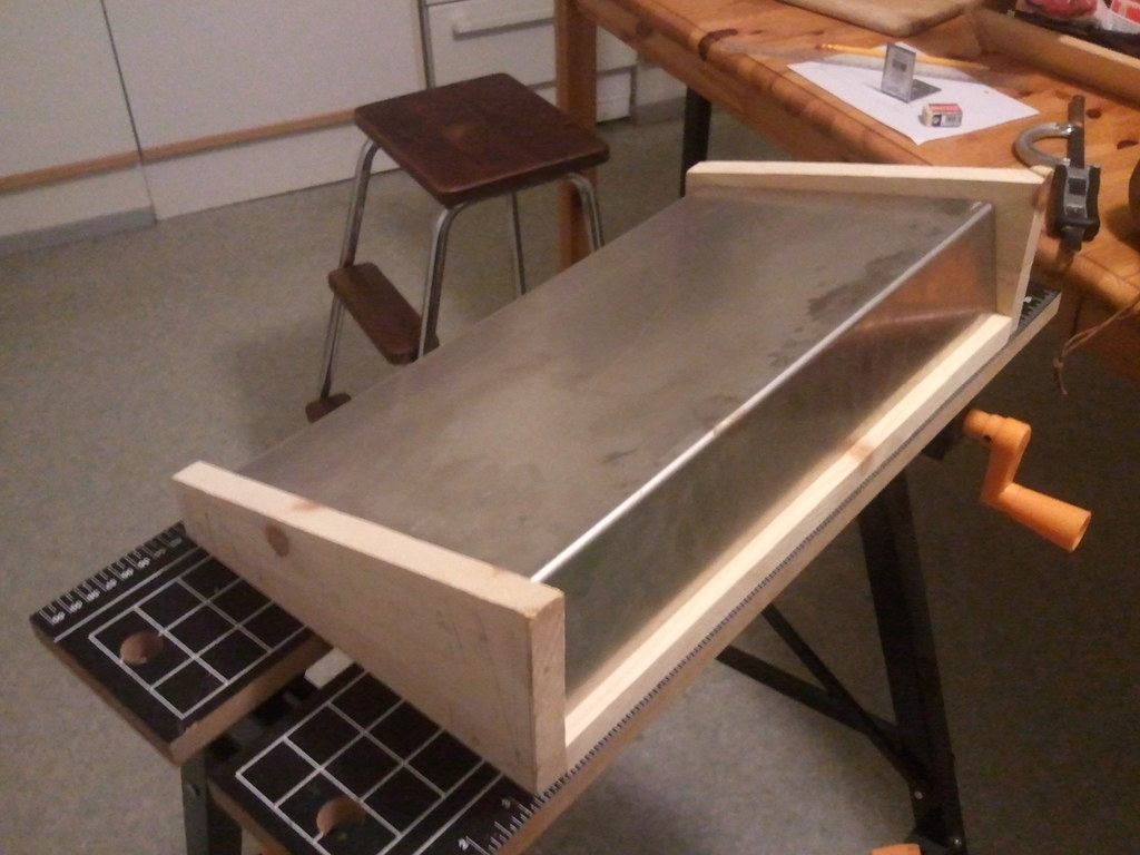 DIY guitar midi pedal board - a photo on Flickriver