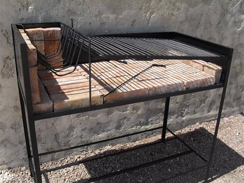 how to make foldable legs for barbecue grill