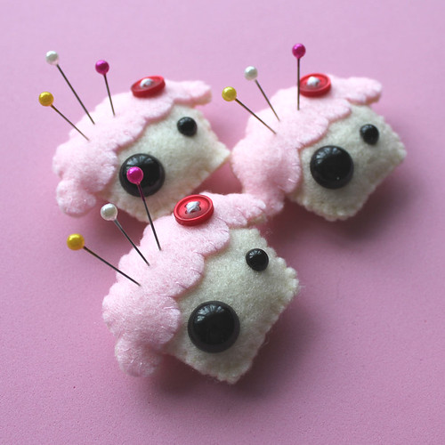 Cupcake Pin Pals by cutedesigns