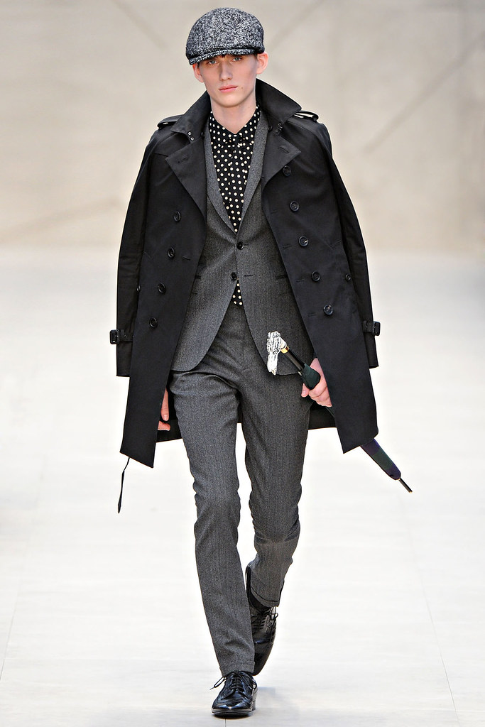 FW12 London Burberry Prorsum002_Sebastian Brice(VOGUE)