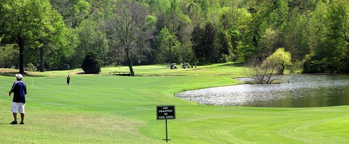 Larkhaven 18th fairway panorama