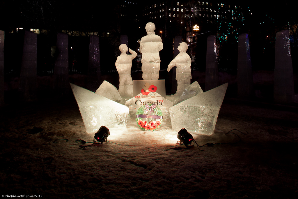 Ice-sculpture-winterlude-ottawa-night-5